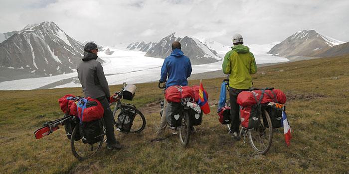 Vélo ski de rando en Mongolie au pays des yourtes