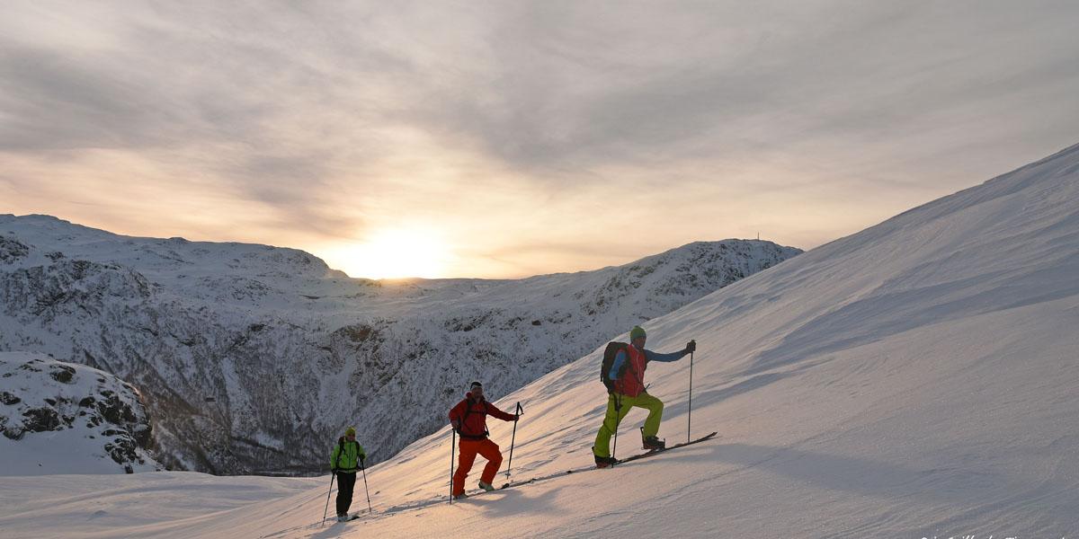 Ski de rando en Norvège en plein hiver