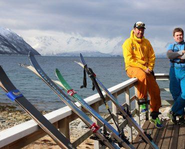 Sur la terrasse de notre cabane au bord du Burf fjord