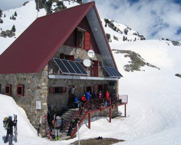 Traversée de Cauterets au Somport. J1: de Cauterets (Pont d'Espagne, 1460 m) au refuge Respomuso (2150 m), par le Pic de Cambalès (2965 m), Pyrénées, 20 avril 2013