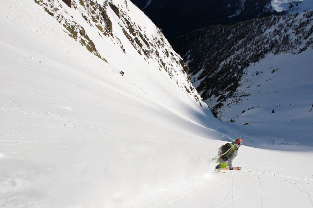 ski de rando dans la vallée du Rioumajou