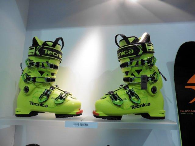 La nouvelle chaussure lite de Tecnica dans la lignée de la gamme ski Zero G de Blizzard