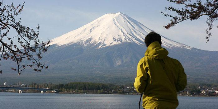 Le Fuji et les volcans de l'île d'Honshu