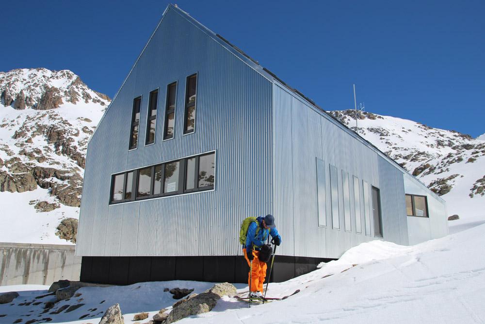 Llauset : nouveau refuge, nouveaux itinéraires ski de rando