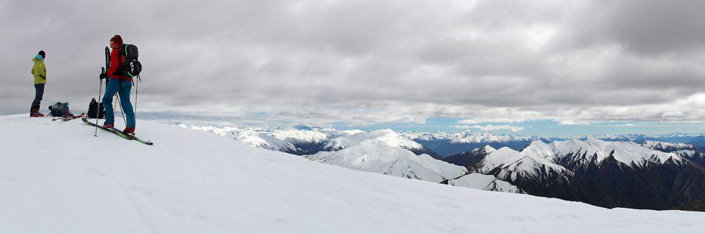 Belle vue sur la chaîne depuis le sommet du Cardrona